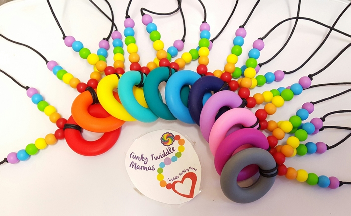 rainbow teeting feeding necklace