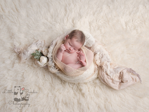 Newborn baby photography Hythe Kent baby neutral colours